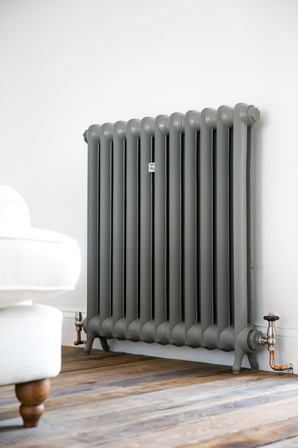 Duchess cast iron radiator painted in Farrow and Ball's Moles Breath
