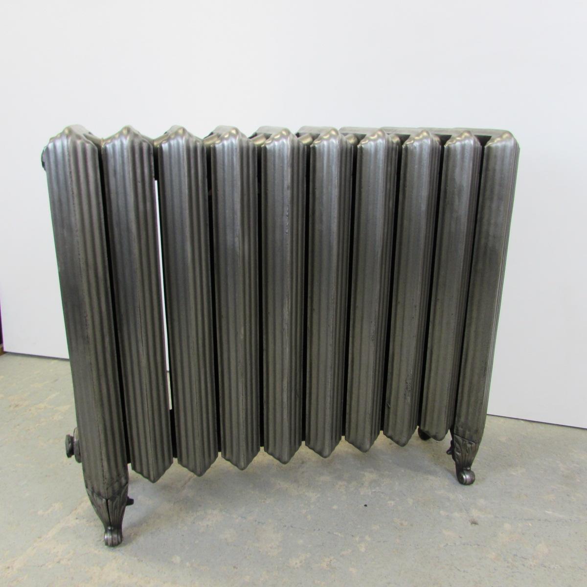 Rare reclaimed Churchill cast iron radiator; RR0207   Ribble Radiators