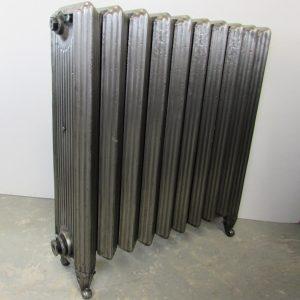 Rare reclaimed Churchill cast iron radiator; RR0208