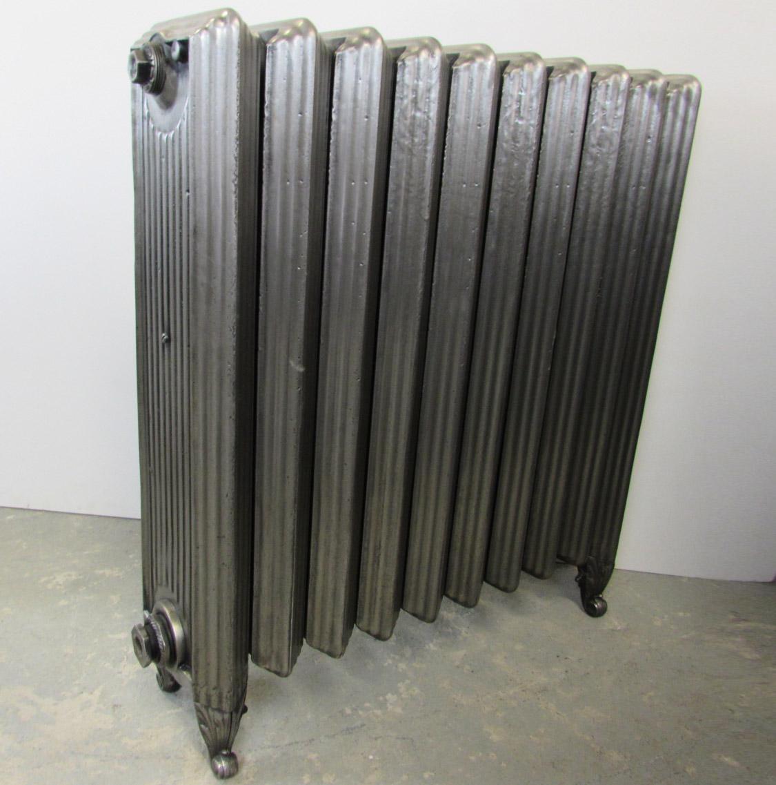 Rare reclaimed Churchill cast iron radiator; RR0208   Ribble Radiators
