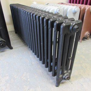 Reclaimed Victorian 4 Column Cast Iron Radiator; RR0282