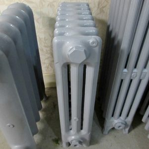 Reclaimed Victorian 3 Column Cast Iron Radiator; RR0306