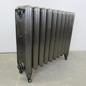 Rare reclaimed Churchill cast iron radiator; RR0207