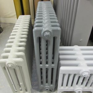 Reclaimed Victorian 4 Column Cast Iron Radiator; RR0280