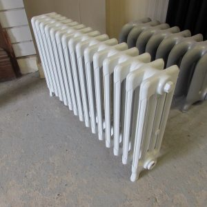 Reclaimed Victorian 4 Column Cast Iron Radiator; RR0280