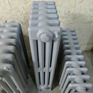 Reclaimed Victorian 4 Column Cast Iron Radiator; RR0304